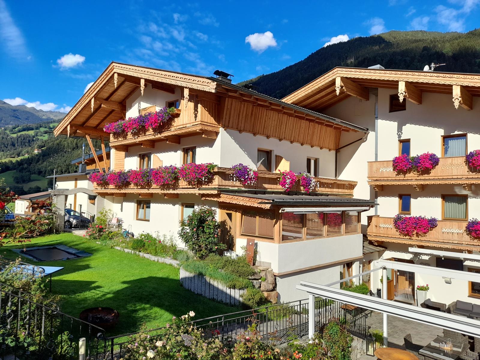 Landhaus Alpenherz Home